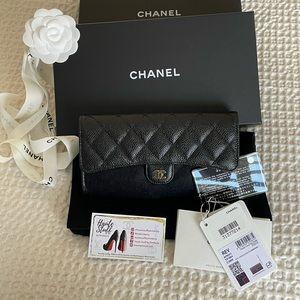Chanel 21S Classic Black Large Flap Wallet Caviar